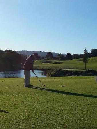 Matakana Castle: Golf nearby at Omaha