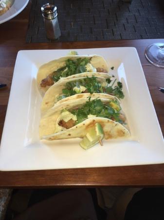 Portals Restaurant at Suncadia Resort: Lunch: Crisp Cilantro Fish Tacos