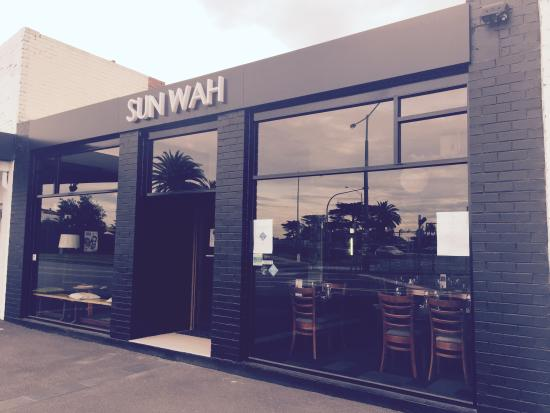 restaurant facade bild fr n sun wah restaurant mordialloc tripadvisor. Black Bedroom Furniture Sets. Home Design Ideas