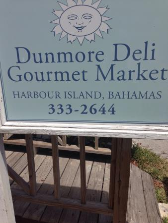 Dunmore Deli : Fantastic stop for gourmet sandwiches and yummy soups