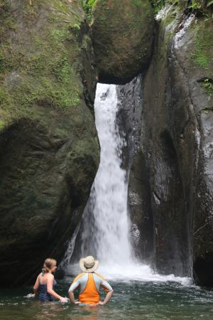 Cascada Pavon - Waterfall in Costa Rica: El pavon waterfall