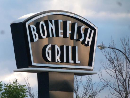 Bonefish Grill: Watch for the sign