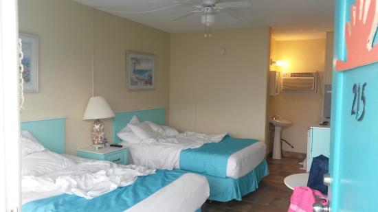 Aztec Resort Motel : Aztec motel bedroom