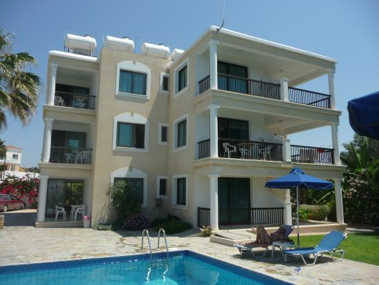 Rododafni Beach Holiday Apartments & Villas: Нмера