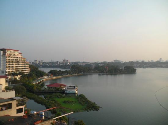 Maidza Hotel: View dari kamar hotel