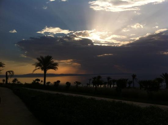 Le Meridien Dahab Resort: Sunrise. View from the room we stayed.
