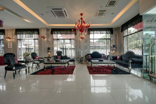 Arenaa De Luxe Hotel