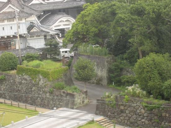 Campana Hotel: 御番門(表門)の虎口の様子もよくわかります