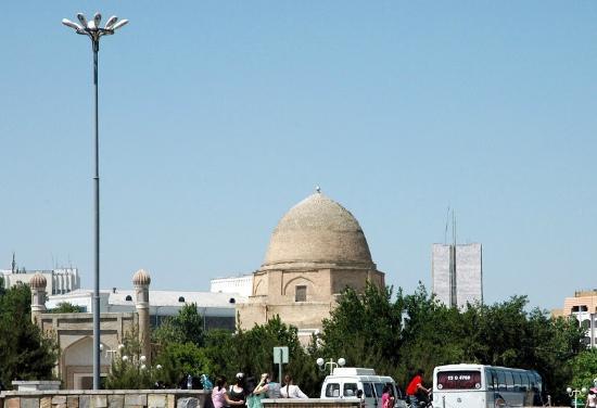 Mausoleum Rukhabad