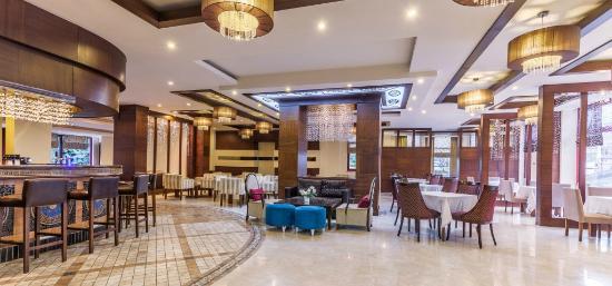 Villa Side Hotel: Lobby