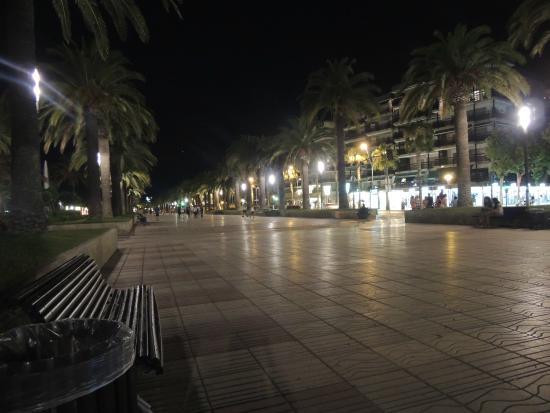 Эротический массаж улицы ночной лас вегас постановка