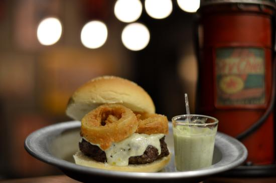 Santo Burger
