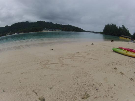 Muri Beachcomber: Beach