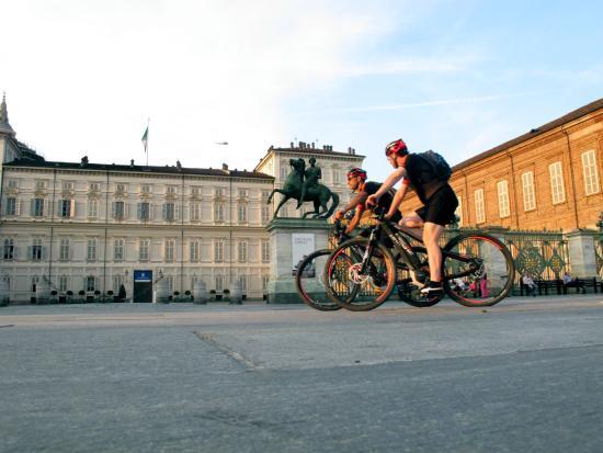 TORINO INUSUALE - Torino in e-bike fuori dai percorsi classici ...