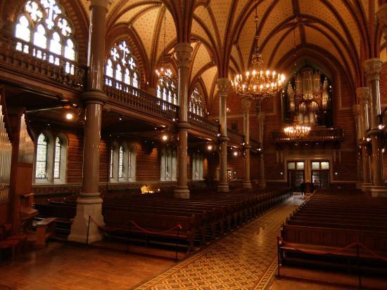 All Saints Church, Lund: 2階は回廊になっています。