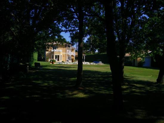 Le clos d'Ignac : Vue de la Maison, à partir du fond du jardin