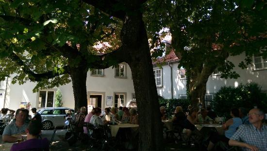 Hotel Gasthof Stift : Biergarten
