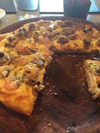 El Retorno: Pizza frutos del mar.