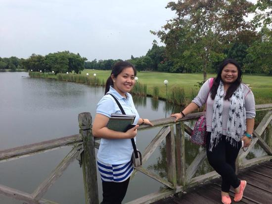 Eastwood Valley Golf & Country Club: the bridge