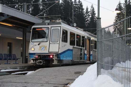 Garmisch-Classic : гармиш, поезд на цугшпитце