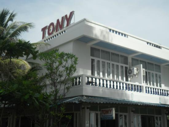 Tony Restaurant: You will be impressed with you a lot in your own second home.