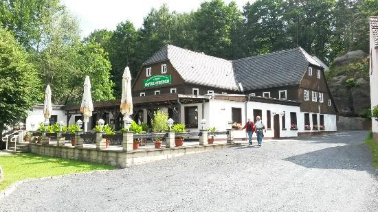 Oybin, Germania: Historisches Wirtshaus und Hotel Nensch