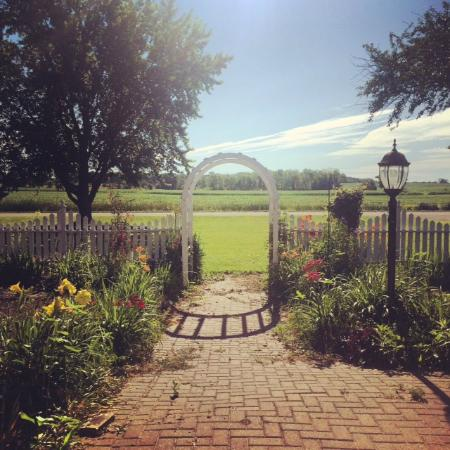 Sha-Bock Farm Bed and Breakfast: View from the front porch