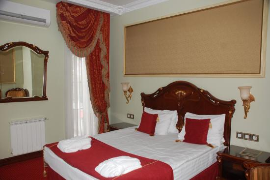 Staro Hotel: Room