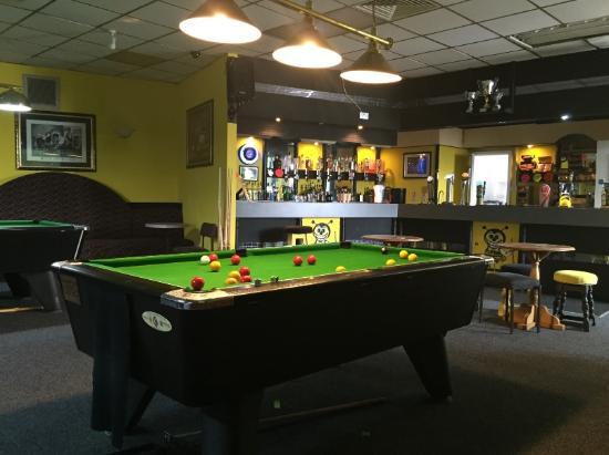 Buzzers Sports Bar