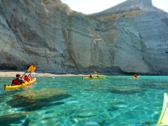 Naoussa, Grecia: Crystal clear waters