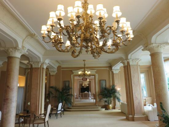 Villa Eden Palace Au Lac : The Belle Epoque lounge of the main hotel - grand but dusty and a little frayed at the edges