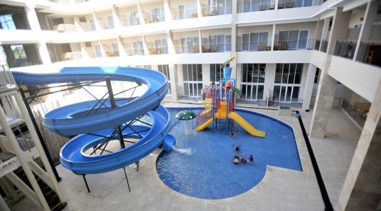 Laut Biru Hotel
