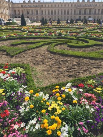 Os famosos jardins de versailles picture of chateau de for Jardin de versailles
