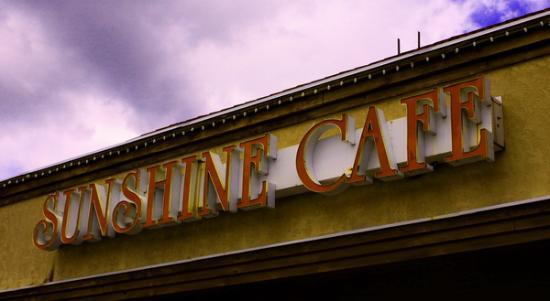 Sunshine Cafe: Sunshine Café at 250 Summit Place