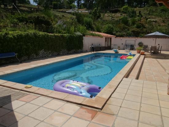 Arc-en-Ciel: piscine