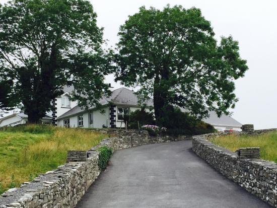 Grove mount House Bed & Breakfast: July 2015