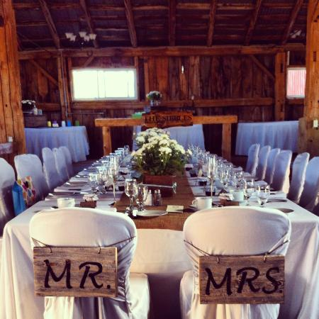 A Beautiful Barn Wedding In Roseneath A Spectacular Balance Of - Kings table catering