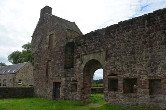 Milnathort, UK: Burleigh Castle