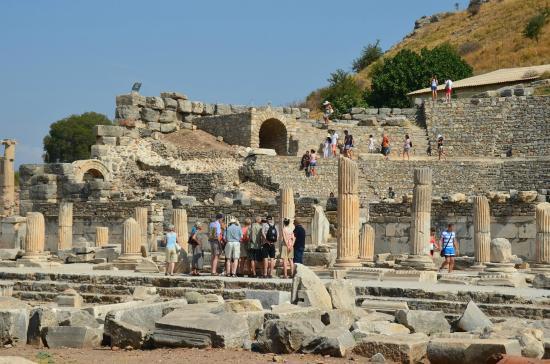 ケルスス図書館 - Picture of Ancient City of Ephesus, Selcuk ...