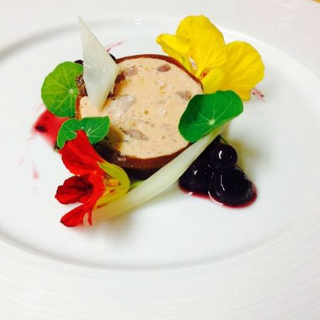 Steamers Steakhouse & Bar: foie gras