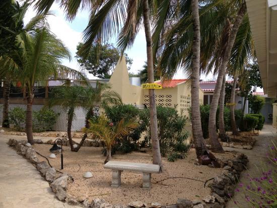 Carribean Club Bar and Restaurant: Voorkant restaurant