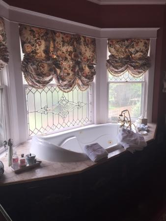 Hayes House Bed and Breakfast: photo3.jpg
