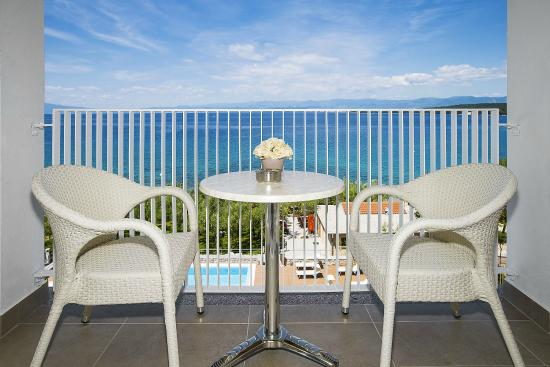Hotel Vila Rova: balcony with seaview