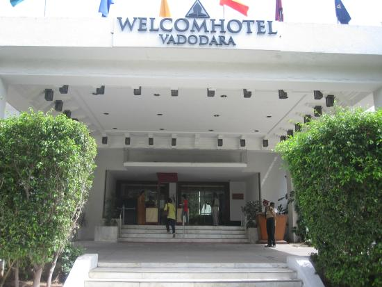 Welcomhotel Vadodara Entrance