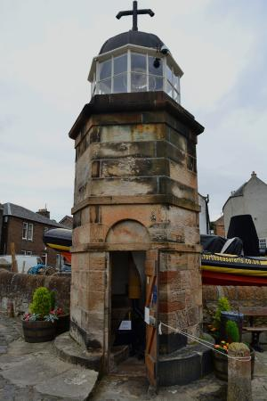 North Queensferry Harbour Light Tower: Harbour Light Tower