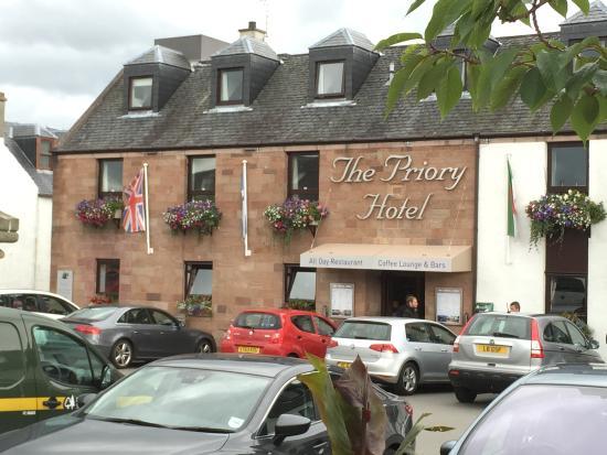 Priory Hotel: Hoteleongang
