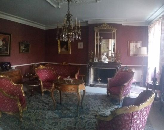 Chambres D'hotes Du Chateau Guges
