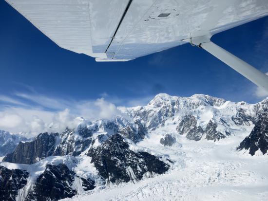 Alaska Bush Float Plane Service: Beautiful scenery.