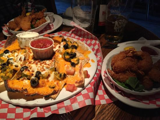 The Knot Pub: Nachos