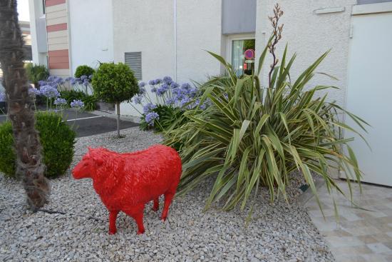 Ibis Salon de Provence : entrée